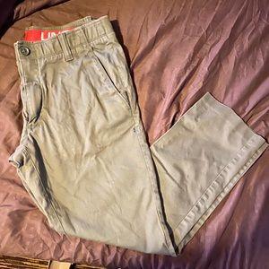 Green Under Armour pants. G.U.C. Men's 36x30